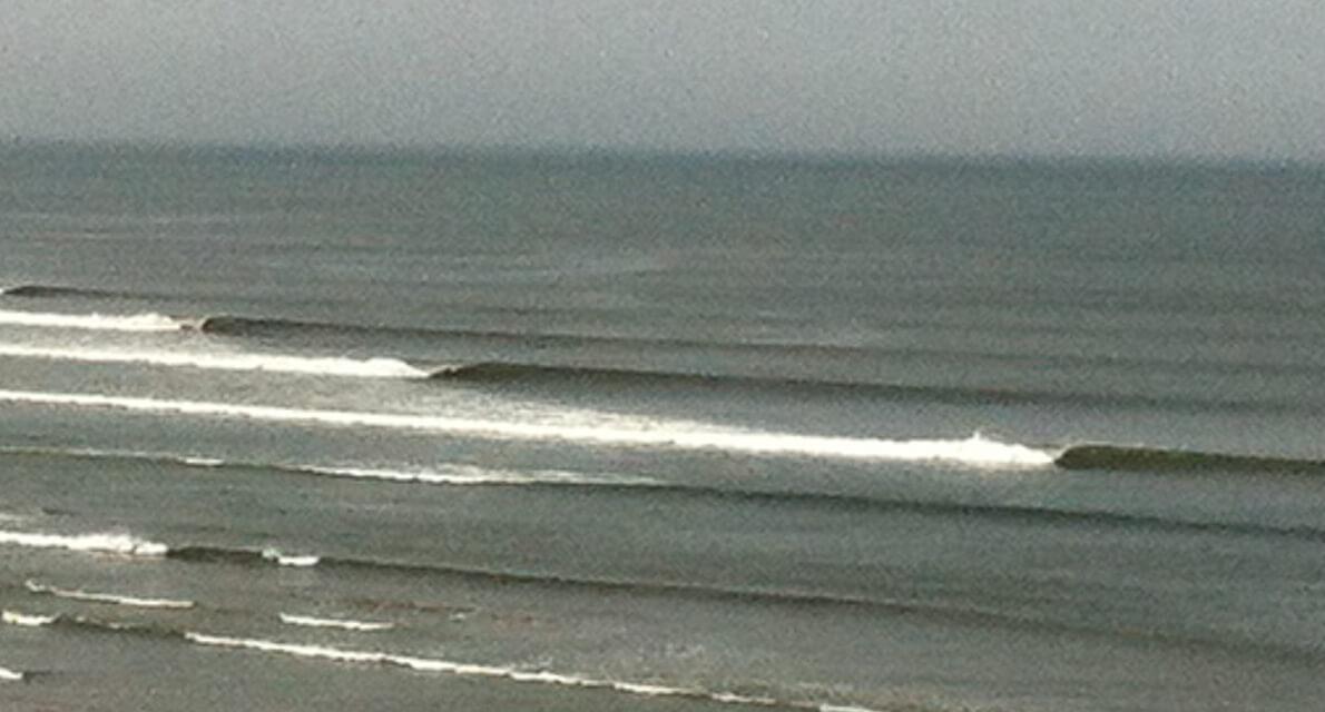 Surfen in Peru – Die (vielleicht) längste Welle der Welt