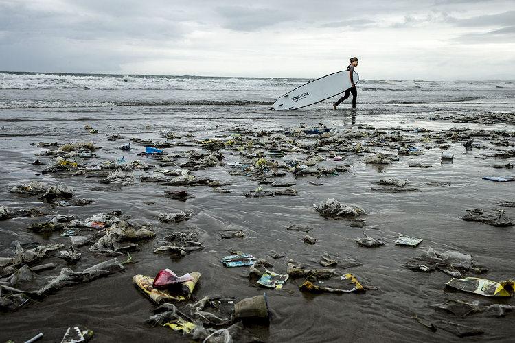 Pollution on Bali Beach