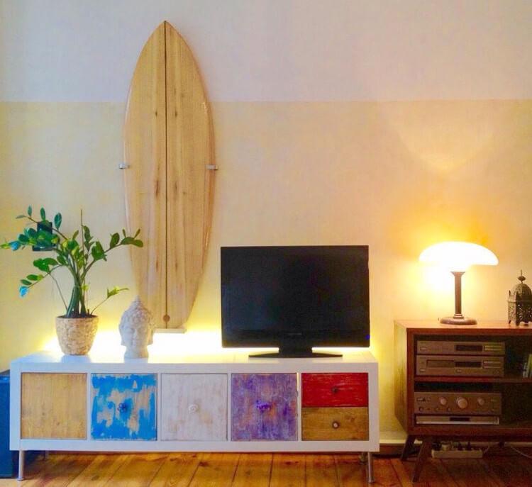 Wie Du schnell und einfach eine schicke Surfboard-Wandhalterung für 8,57 EUR baust
